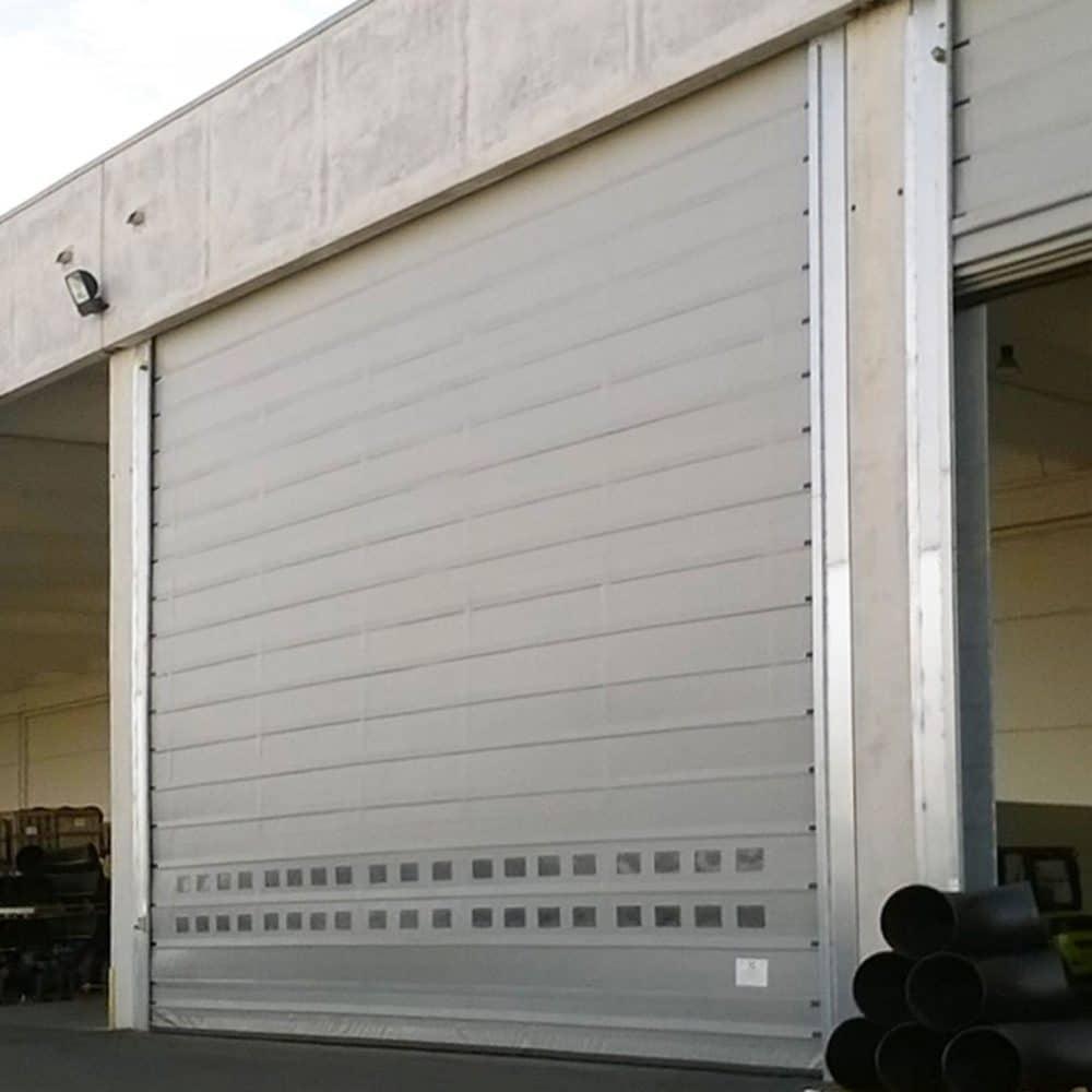 Porta rapida ad impacchettamento automatico E13 colore bianco vista laterale