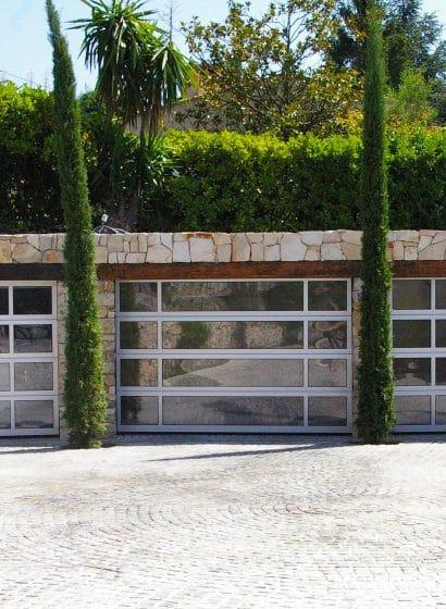 Porte sezionali residenziali a specchio
