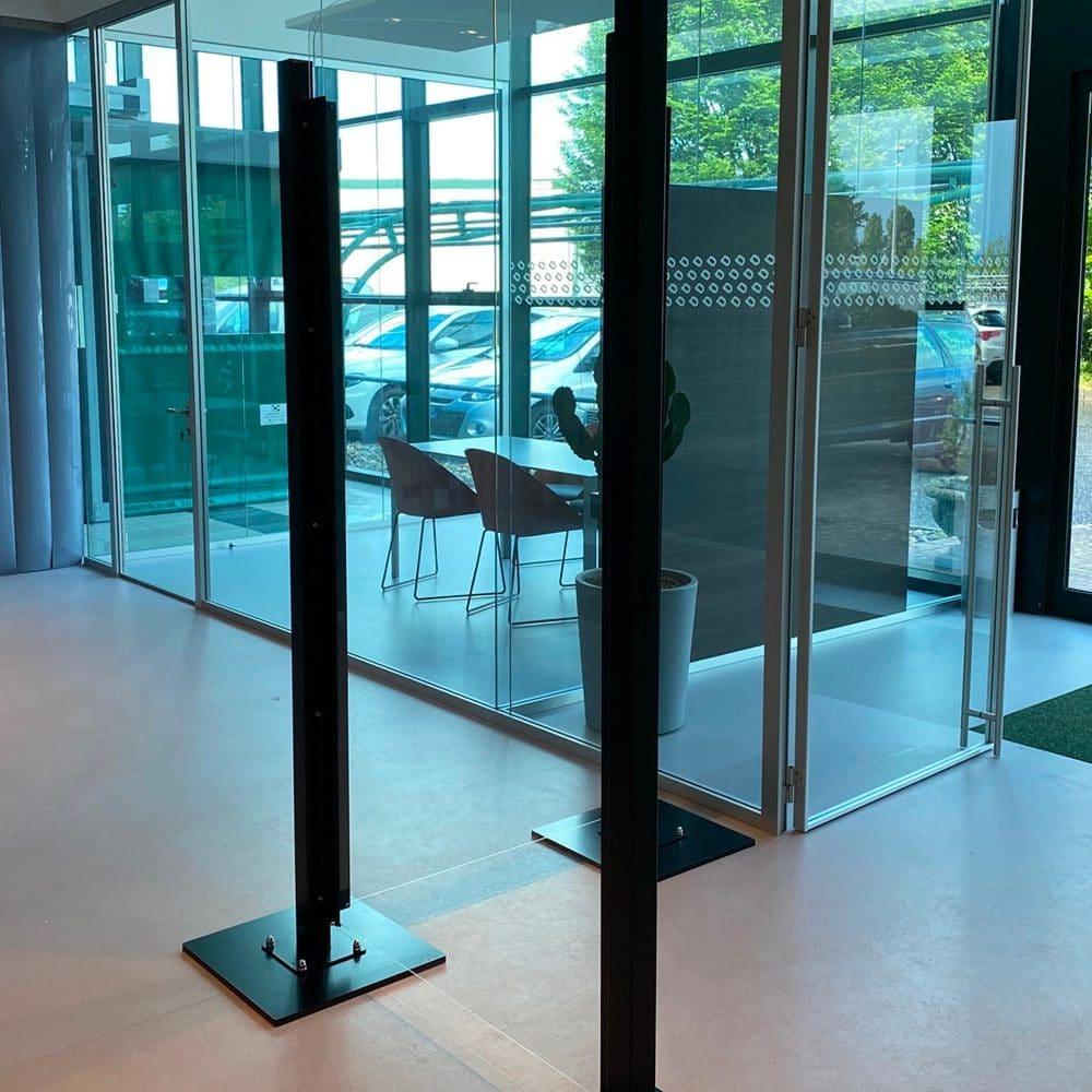 Ufficio con divisorie protettive Safe Wall