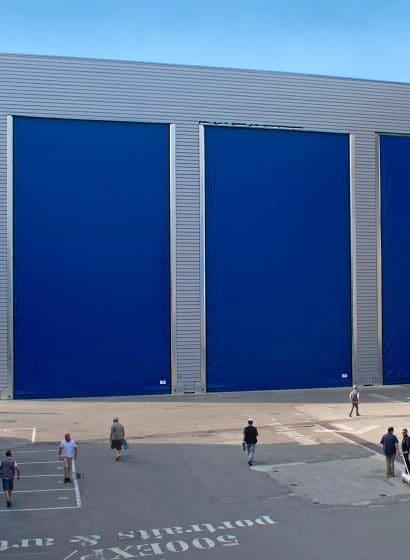 Porte industriali grandi dimensioni blu